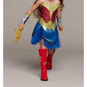 Girls size 4 Wonderwoman costume